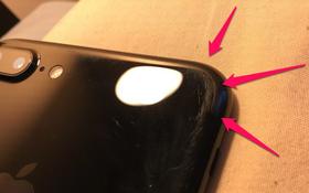 """Đây là """"nhan sắc"""" tàn tạ của iPhone 7 Plus đen bóng chỉ sau ba tháng sử dụng"""