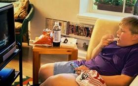 Việc làm này của người lớn đang khiến trẻ em ngày càng dễ béo phì