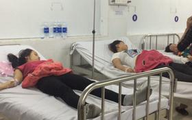 Bình Dương: Gần 200 công nhân nôn ói, ngất xỉu sau bữa cơm chiều tại công ty