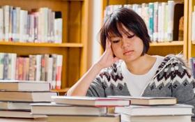 """Kì thi THPT sắp đến gần cũng là lúc tâm trạng của bạn """"lên, xuống"""" thất thường"""