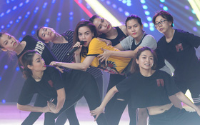"""Hồ Ngọc Hà luyện tập hết mình trên sân khấu Chung kết """"Vietnam's Next Top Model"""""""