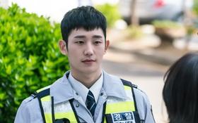 """Han Woo Tak – Chàng """"kỵ sĩ bóng đêm"""" đốn tim mọi khán giả"""