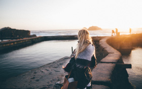 Nếu bạn cho rằng tình yêu không còn đáng tin nữa, thì có lẽ là do bạn đang có 4 suy nghĩ tiêu cực này