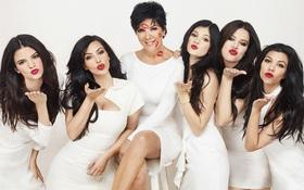 """Gia đình Kardashian chứng minh: Chỉ cần đoàn kết thì không ngán bất cứ kẻ thù """"hổ báo"""" nào!"""