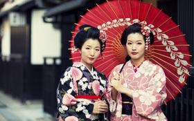 """Vì sao con gái Nhật mặc Kimono """"kín như bưng"""" nhưng để hở ra duy nhất bộ phận này?"""