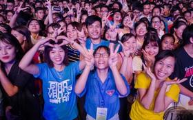 Giới trẻ Hà Nội bùng cháy với Nhạc hội Chào tân sinh viên 2017 không thể sôi động hơn
