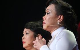 Việt Hương bật khóc khi nhớ lại thời gian bị tâm thần phân liệt vì mẹ qua đời