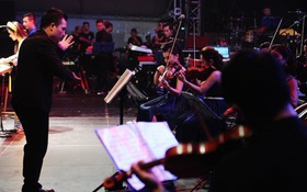 Dàn nhạc tư nhân Maius Philharmonic biểu diễn trong khuôn khổ chương trình của dàn nhạc Giao hưởng London