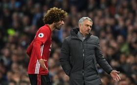 Mourinho ám chỉ Aguero diễn kịch, đưa Fellaini vào bẫy
