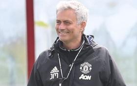 """Jose Mourinho: """"Kẻ thông minh không bao giờ mua sắm ngày cuối"""""""