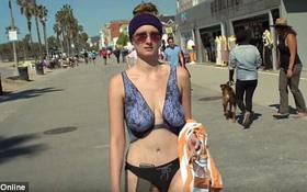 Cô gái không mặc gì ra đường mà ai cũng tưởng đó là bikini