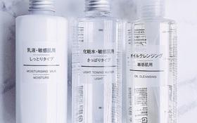 """Clip review """"không thể kỹ hơn"""" 4 sản phẩm dưỡng da đang hot nhất của Muji: đã rẻ lại còn lợi hại!"""