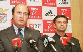Mourinho gặp lại Benfica: Về ngôi nhà của tận cùng nỗi đau