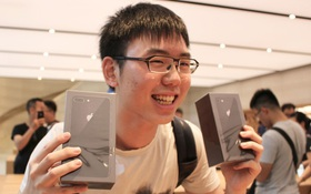 Nhiều fan Apple cuồng nhiệt đến mức sẵn sàng bỏ tiền mua cả iPhone 8 Plus và iPhone X