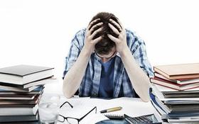 Đứng trước ngưỡng cửa thất nghiệp, sinh viên đừng chỉ mãi than phiền