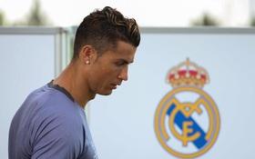 """""""Bố già"""" Florentino Perez sẵn sàng để Ronaldo trở lại Man Utd"""