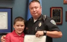 Nhận cậu bé 8 tuổi bị bạo hành làm con nuôi, viên cảnh sát không ngờ gia đình mình giờ đây lại như vậy