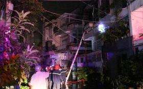 7 người may mắn thoát chết trong căn nhà cháy dữ dội ở Sài Gòn