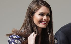 Cô gái 28 tuổi xinh đẹp trở thành giám đốc truyền thông tạm thời của Nhà Trắng