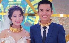 Đám cưới siêu khủng ở Nghệ An: Cô dâu chú rể kiềng vàng đeo đầy cổ, được tặng cả biệt thự, ô tô