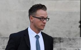 Nhận con nuôi được 2 tuần, ông bố đồng tính lạnh lùng sát hại con gái 18 tháng tuổi vì lý do tàn nhẫn