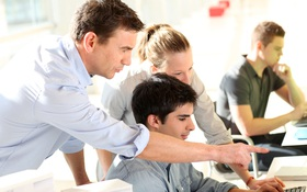 3 cách để củng cố mối quan hệ tốt đẹp giữa bạn và giảng viên