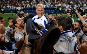 Ronaldo và đồng đội nhấc bổng HLV Zidane mừng chức vô địch La Liga