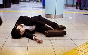 Nhật Bản giảm số giờ làm khi tỉ lệ tử vong vì làm việc kiệt sức có xu hướng tăng cao