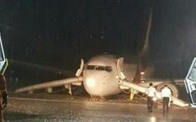 Máy bay Malaysia chở 67 khách bị trượt khỏi đường băng