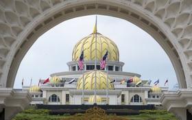 Hoàng cung tráng lệ của tân vương trẻ nhất Malaysia