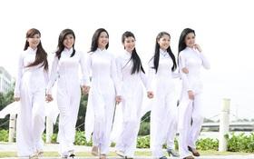 Nữ sinh không được mặc áo dài cách tân đi học