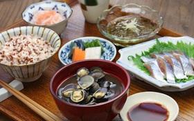Bí quyết sống thọ, tránh xa bệnh tật của người Nhật Bản: 5 nguyên tắc ăn uống lành mạnh ai cũng có thể áp dụng
