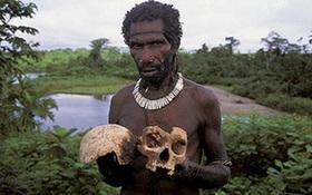 """Kì bí chuyện ăn thịt người, giết """"phù thủy"""" dưới những tán rừng rậm Papua New Guinea"""