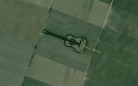 Xem 10 bức ảnh vệ tinh này mới thấy Trái Đất vừa đẹp mà cũng kỳ dị đến nhường nào
