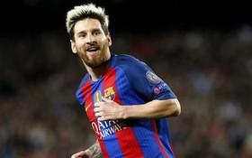 Messi từ chối bơi trong bể tiền của Man City