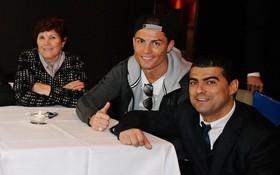 Ronaldo đã cứu vớt cuộc đời anh trai nghiện rượu và ma túy như thế nào?