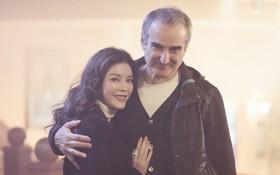 Sau công bố đồng sản xuất, Lý Nhã Kỳ sang phim trường E-book ở Paris gặp gỡ đạo diễn Olivier Assayas