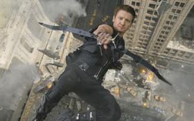 """Chàng cung thủ Hawkeye sẽ quay lại trong """"Avengers 4"""""""