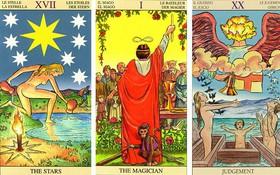 Lật một lá bài Tarot để dự đoán vận may năm 2018