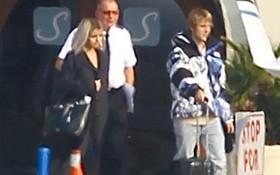 Justin Bieber và Selena Gomez bí mật đi du lịch dịp cuối tuần