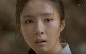 """""""Black Knight"""": Suýt chết trở về, Shin Se Kyung lên hẳn hàng thê thiếp nhờ... """"mắn đẻ"""""""