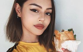 """Lily Maymac khéo """"nịnh"""" fan Việt khi khoe ảnh ăn bánh mì"""
