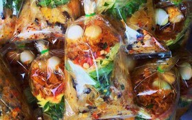 """Điểm danh sơ qua các loại bánh tráng ở Sài Gòn là đã thấy cả một """"gia phả"""" dài dằng dặc"""