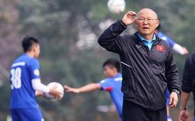 """Park Hang-seo: """"Sơ đồ 3-4-3 phù hợp với cầu thủ Việt Nam"""""""