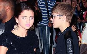 Selena Gomez và Justin Bieber bất ngờ xa nhau sau nhiều tuần quấn quýt không rời