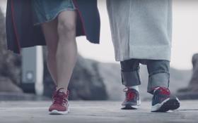 """Giày Biti's Hunter lại tiếp tục """"lạc trôi"""" vào MV mới nhất của Sơn Tùng M-TP"""