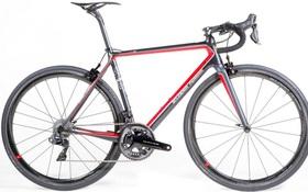Chán sản xuất siêu xe tốc độ cao, Ferrari cho ra đời xe đạp giá 400 triệu đồng