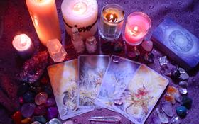 Chọn một lá bài Tarot bất kỳ để nhận ngay lời khuyên về tình yêu