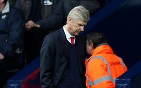 Wenger có tội - tội… quá yêu Arsenal