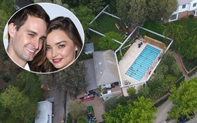 """""""Giàu nứt vách"""" nhưng Miranda Kerr và tỷ phú trẻ chỉ làm đám cưới ở sân sau nhà!"""